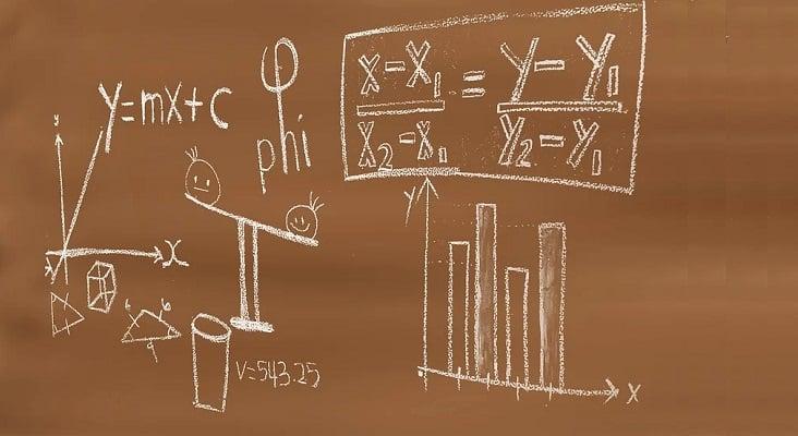 plaza Profesor/a Matemáticas